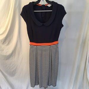 Boden striped navy knit dress  size 4   No flaws